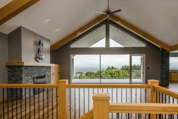 Nanaimo West Coast, Rustic Style House